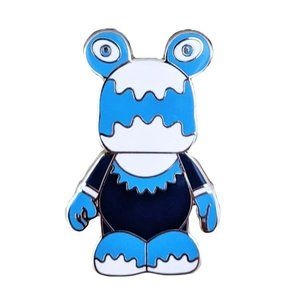 Vinylmation Disney Pin: Blue and White Gears